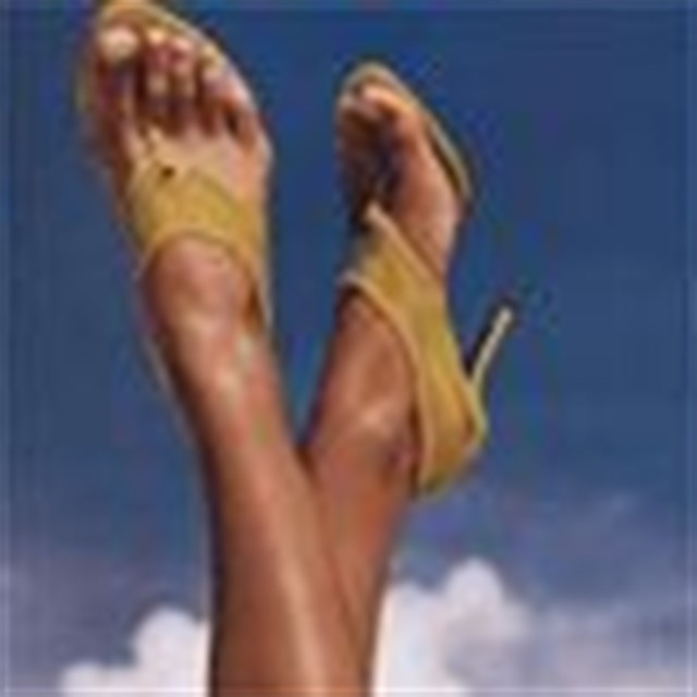 Yeni moda: Ayak parmağına estetik